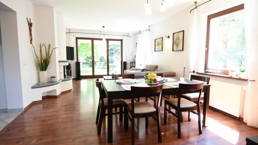 Dom wolnostojący Chyby 203 m2